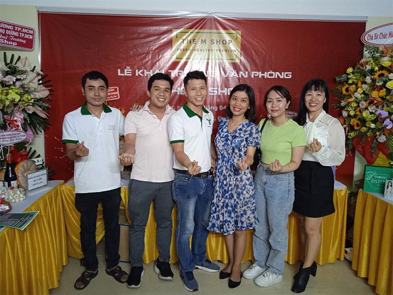 Chúc mừng khai trương văn phòng khởi nghiệp của Team Sinh Viên