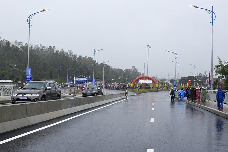 Khánh thành Cầu Cổ Luỹ 2.550 Tỷ chào mừng Đại hội đại biểu Đảng bộ tỉnh Quảng Ngãi lần thứ 20